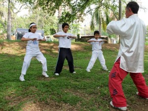 El curso de yoga se realizará entre finales de noviembre e inicios de diciembre.