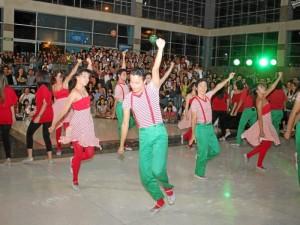 El espectáculo ya fue presentado en Megamall, para inaugurar la iluminación navideña del centro comercial.