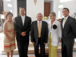 Gladys Espinel, Monseñor Ismael Rueda Sierra, José Francisco Mantilla Contreras, Isabel  Rincón Rodríguez y Andrés Alberto Acevedo.
