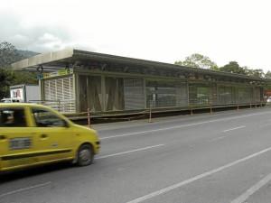 Las estaciones de Metrolínea que comprenden Floridablanca y Piedecuesta son: La Estancia, Mensulí, Palmichal, Campoalegre y La Españolita.