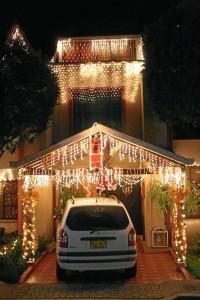 Altos de Cañaveral Campestre también se contagió con las luces para ce-lebrar esta fecha.
