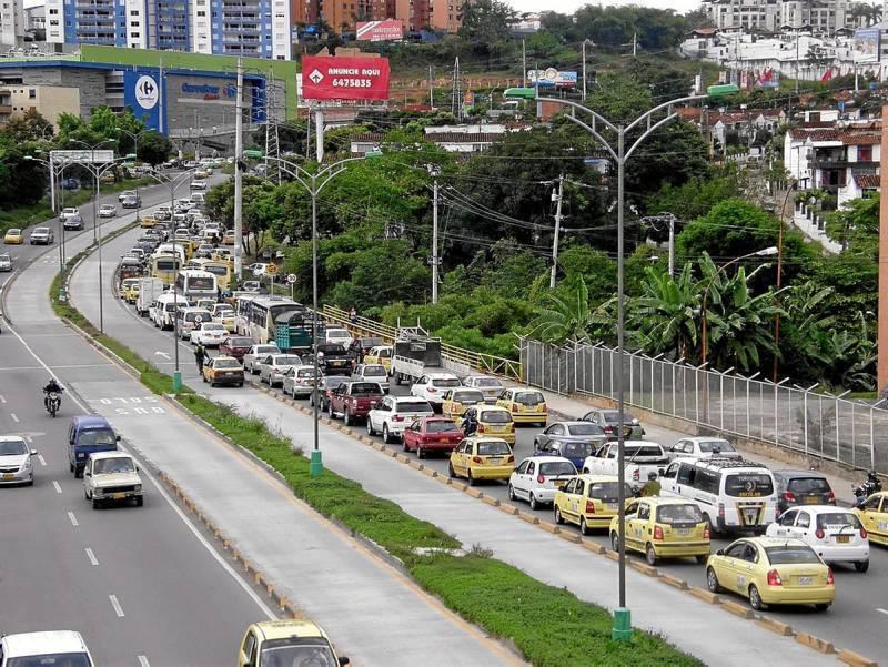 Según las personas consultadas la congestión vial es el problema que más los afectó durante el 2011.
