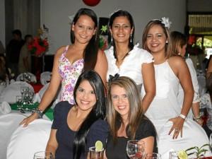 Alejandra Garces, Laura Mora, Slendy Pinzón, Mayerly Toloza y Leydi Gelvez.