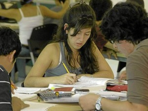 El convenio fue firmado con Florida International University (FIU).