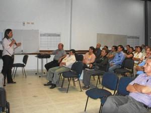 Cerca de 200 líderes del sector asistieron a la reunión convocada por la alcaldía de Floridablanca.