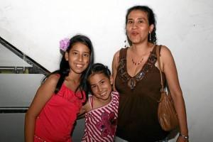 Jinna Tabarique, Camila Tabarique y Lina Garnica.