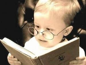 """La comprensión lectora """"debe reforzarse desde temprana edad pues de ella depende el aprendizaje de los niños a lo largo de su crecimiento""""."""