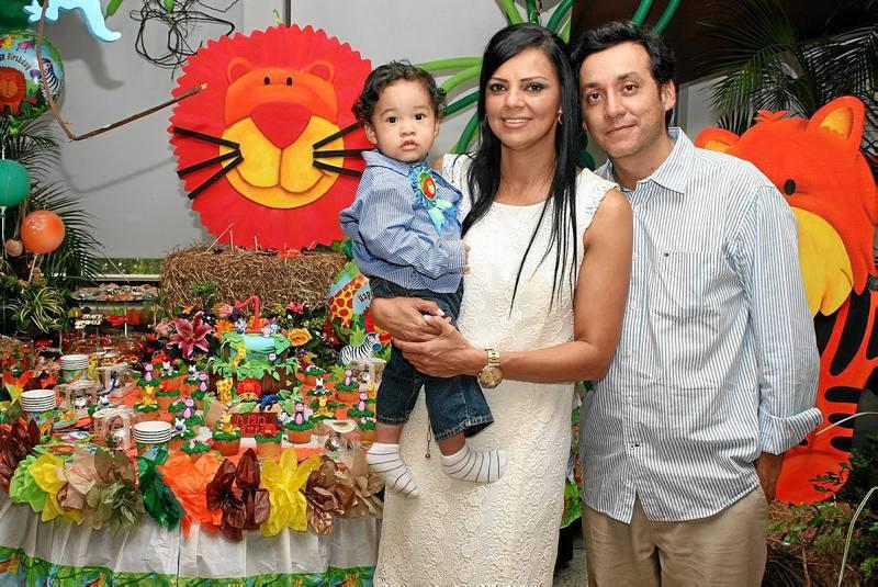 El cumpleaños del pequeño Juan Martín Castillo fue celebrado por ...