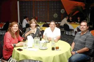 Martha Campillo, Luz Marina de Murcia, Alberto Murcia y Héctor Noriega.