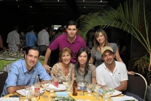 José Ricardo Puyana, Tulia Valdivieso, Ximena Valderrama, Juan Fernando Puyana, Mauricio Montoya y Pilar Hencker.
