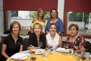 Liliana Ortiz, Nidia Suárez, Ángela María Sanín, Bernarda Ardila, Laura Arenas y Sonia Rizzo.