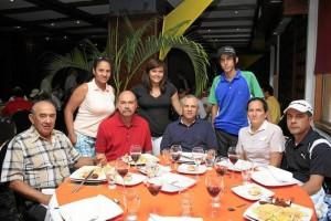 Pedro Pinzón, Roque Vargas, Elvis Castro, María Del Carmen Gómez, Edinson Sierra, María Isabel Galvis y Melissa Benavides.