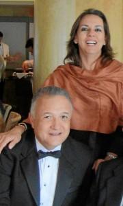 """Los padres de José U. El doctor José Ulises Niño y la fonoaudióloga Luz Marina Rivera. """"Nuestros hijos son los más importante y la bendición más grande que hemos recibido""""."""