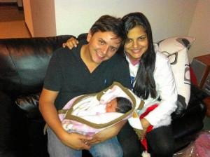 Mauricio Osorio, Catalina Durán y la recién nacida María Katalina.