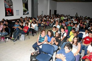 Los estudiantes participaron activamente de las actividades programadas por los mismos estudiantes y por los docentes.