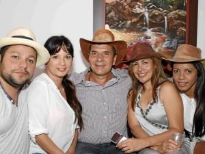 En días pasados, amigos y familiares de Sergio García se reunieron en Florida del Coutry para celebrar su cumpleaños al mejor estilo llanero.