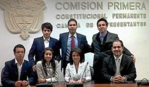 Los futuros abogados durante la prueba en Bogotá.