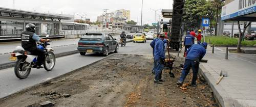 Adelantan obras de mejoras en la malla vial