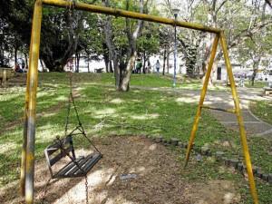 A pesar de la preocupación de los habitantes del sector y el resto de la comunidad, el parque principal de Cañaveral cada vez muestra un mayor grado de deterioro.