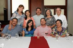 Juan Carreño, Tatiana Carreño, Robert Bermúdez, Luz María Bermúdez, María de Carreño, Ibeth Romero, Héctor Bermúdez, Mariela Bermúdez y Orlando Bermúdez.