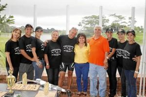 La familia Ulloa celebró el cumpleaños de Lilia Ulloa con una carrera ciclística en Ruitoque Condominio que finalizó con un suculento almuerzo.