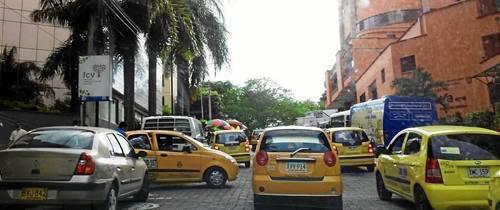 ¿Qué opina sobre la medida del día sin carro que se efectuará el próximo 5 de junio en el área metropolitana?