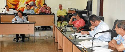 ¿Qué opina acerca de la destitución e inhabilidad de 19 concejales de Floridablanca?