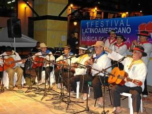 El Festival Latinoamericano de Música Folclórica inicia a las 4 p. m. en Panachi.