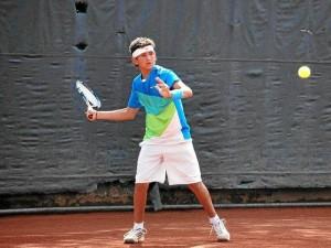 Una de las mejores presentaciones de este año en el tenis santandereano ha corrido por cuenta de Juan Diego Ruiz Parra.