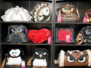 Estos bolsos son parte de la primera colección de la línea 'I love verde' (Foto Mauricio Betancourt)