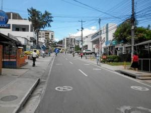 Archivo / GENTE DE CAÑAVERAL Las calles del sector deben permanecer despejadas. Esa es la labor que desempeñan los auxiliares de apoyo.