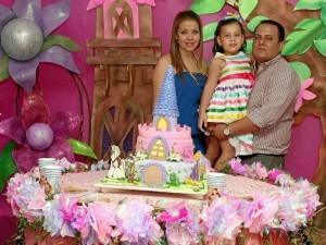 Sandra  Pérez, Elkin Blanco y Valeria Blanco Mauricio Betancourt / GENTE DE CAÑAVERAL