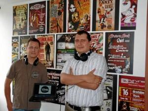 The music tunnel: la emisora online de dos profesores del Nuevo Cambridge. Nelson Díaz / GENTE DE CAÑAVERAL