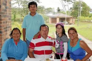 Doris Maestre, Wilson Mora, Sara Daniela Mora, Glenda Vega y Manuel Eduardo Mora.