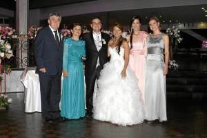 Manuel Villareal, Isabel Guarín, Juan Manuel Villareal, Cecilia Quiroga, María Conchita Villareal y Ana Lucía Villareal.