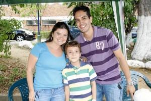 Karina Guerrero, Diego Martínez y Édgar Martínez