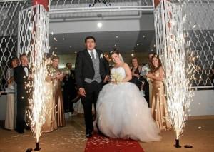 """""""Hace un año nuestra unión fue bendecida por Dios y el sueño de conformar un hogar feliz y lleno de amor fue hecho realidad""""."""
