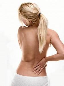 """""""Si el dolor es repentino, sin causa aparente o si se prolonga por más de 15 días es recomendable que consulte con un especialista""""."""