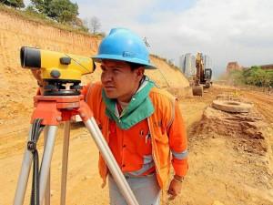 Desde el pasado mes de diciembre se empezaron a ver obreros trabajando en las excavaciones de la transversal.