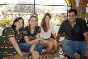 Laurence Stevens, Luz Emilia Jiménez, María Alejandra Camargo y Juan Felipe Camargo.