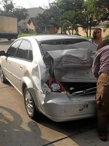 Este accidente ocurrió cerca de las 5:00 p.m. frente al polémico resalto.