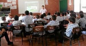 """En mayo quedará listo el documento y la implementación del programa iniciará en junio. Inicialmente el curso se dictará en un colegio privado, que será el Panamericano y un público """"podría ser el Vicente Azuero o el José Elías Puyana""""."""