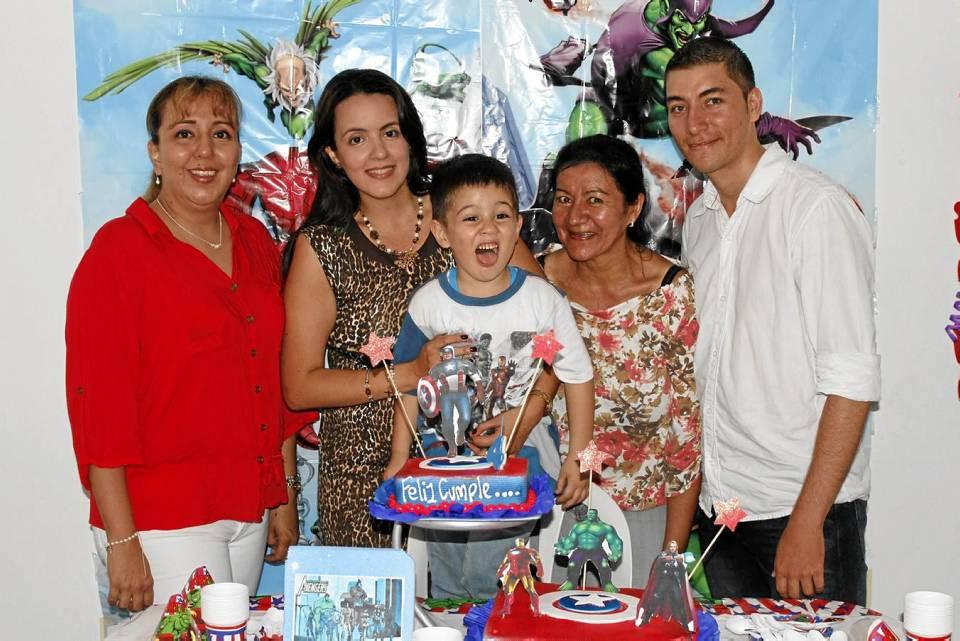 Sandra Rangel, Yudy Rangel, Luis Alejandro Rodríguez Rangel, Flor Rangel y Diego Duarte.