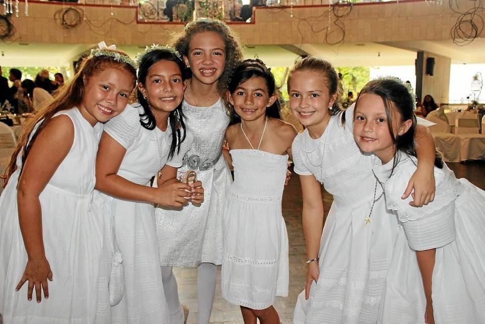 Manuela Lizcano, Gabriela Delgado, Ivana Pimiento Gamarra, Sofía Ancines, Mariana Ordoñez Ferreira y María Lucía Suárez.