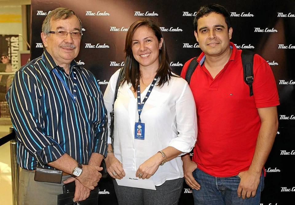 Fernando Ardila Plata, Digna Corzo y Antonio Vega
