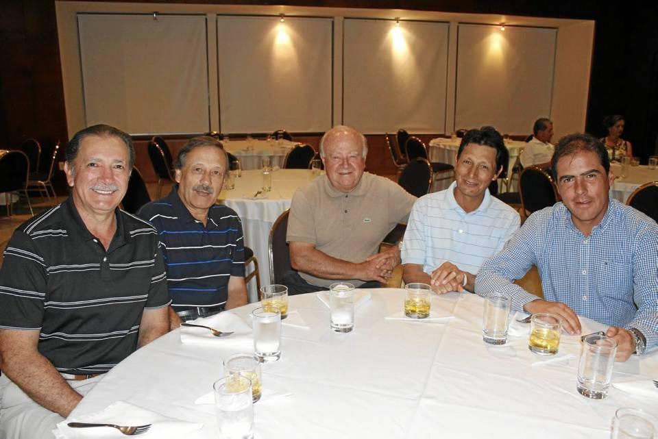 Alonso Garavito, Jesús Antonio Garavito, Juan Claude Novden, Germán Páez y Alejandro Ruiz.