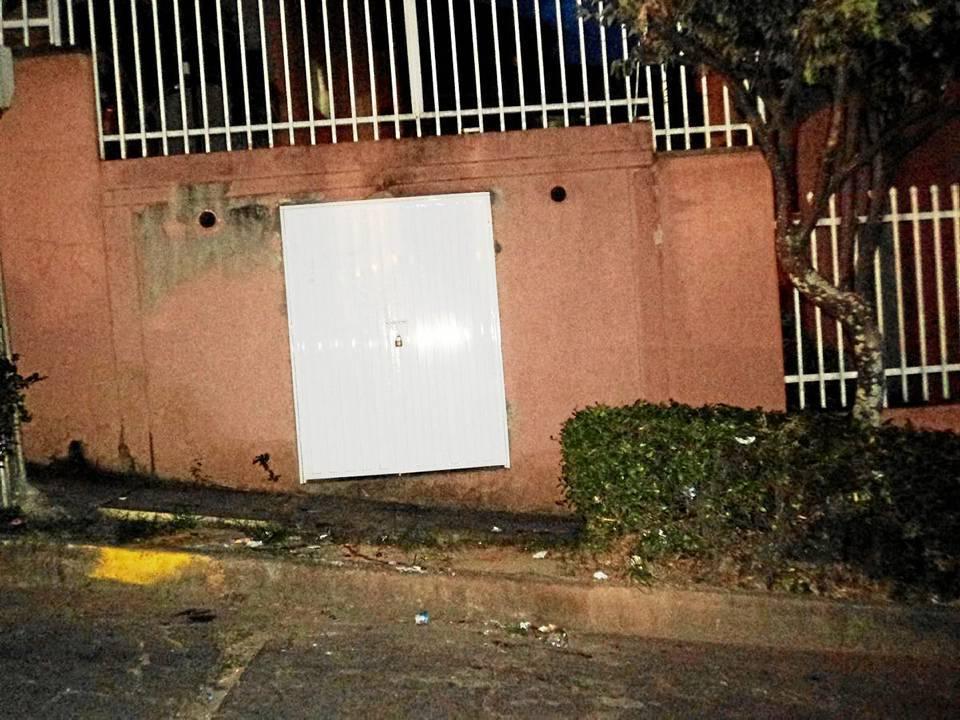 En esta foto podemos observar la zona de evacuación de basuras del Conjunto Villa Firenze.