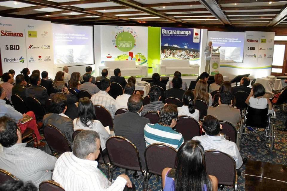 Foro Semana, Findeter, BID: Bucaramanga ciudad en movimiento