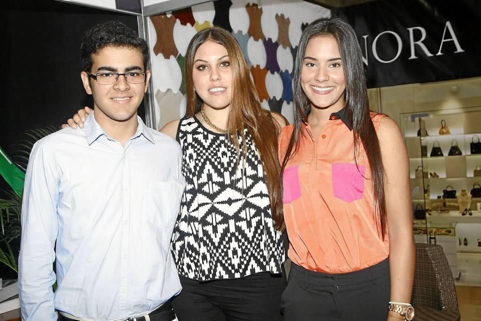 Daniel Aguilar, Valentina Luquetta y Daniela Carrillo.