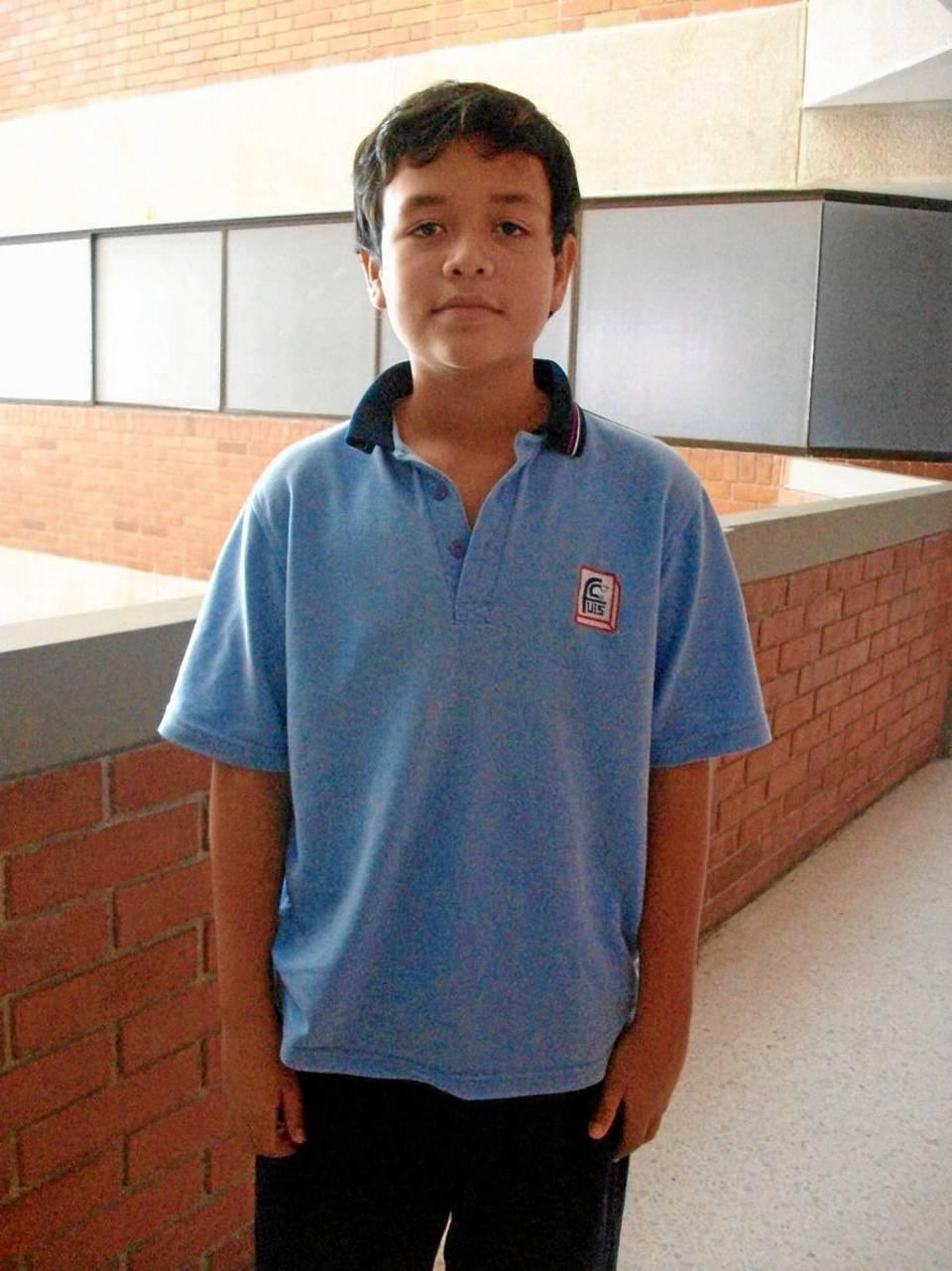 Juan Andrés Olmos Rojas del grado 9º.